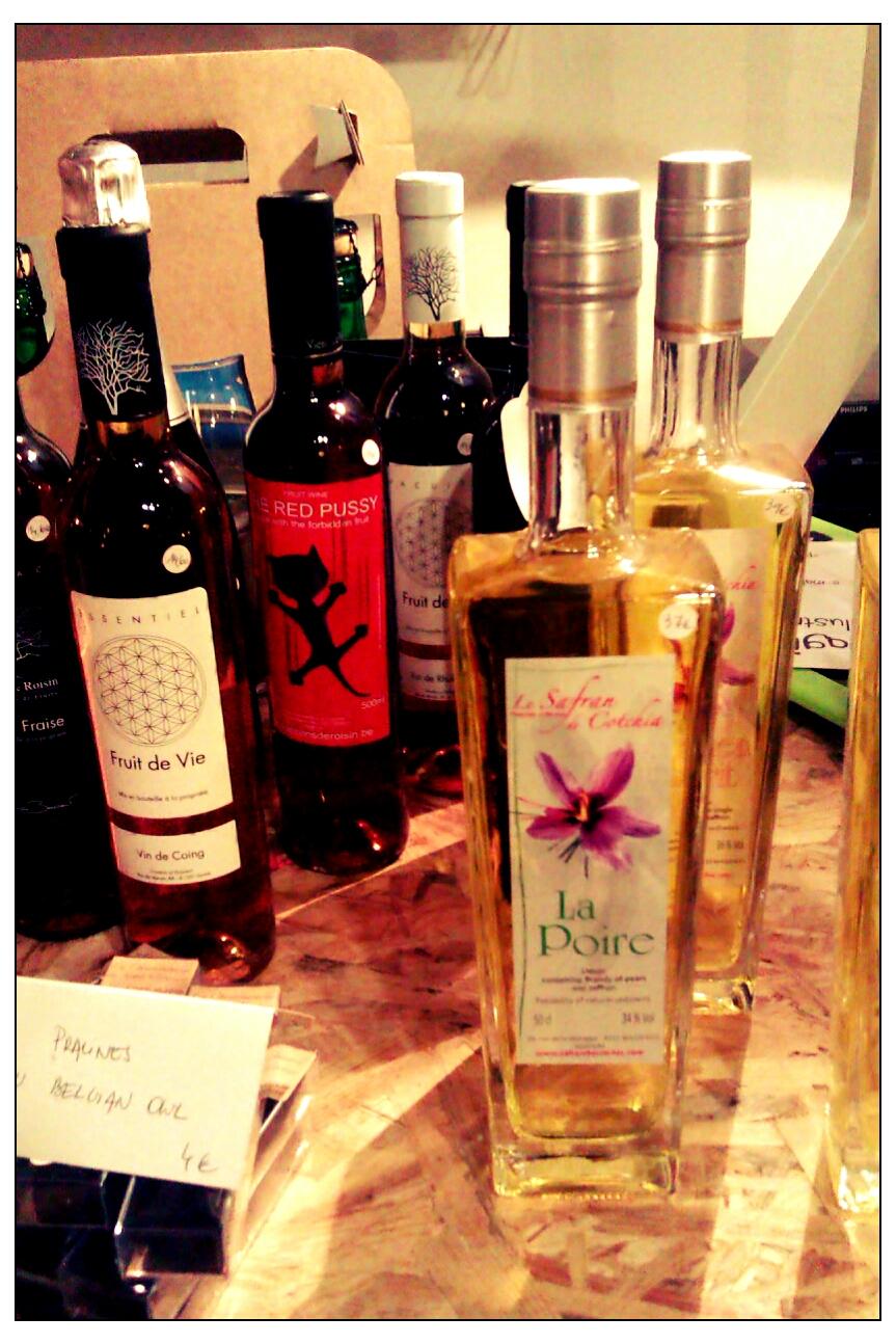 Les vins et autres... Safran de Cotchia notamment en premier plan/ Pic by kiwikoo