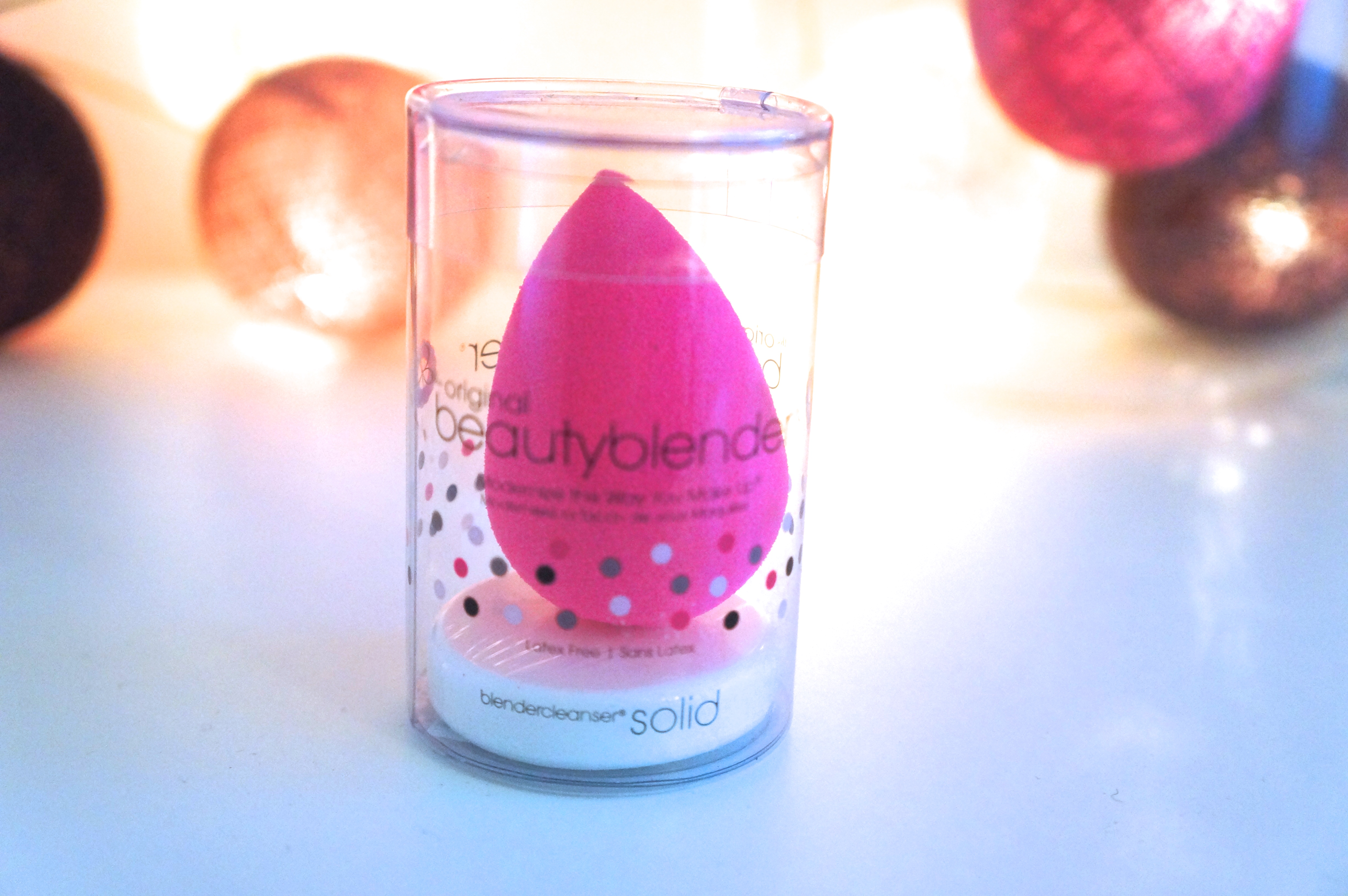 Beauty Blender / Pic by 1FDLE