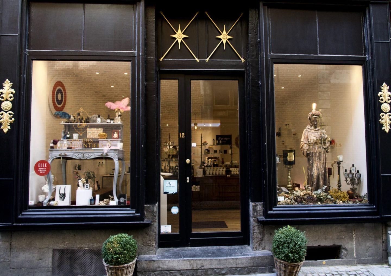 Liquides Confidentiels. Boutique parfumerie de niche Namur. #beaute #niche #namur #hauteparfumerie
