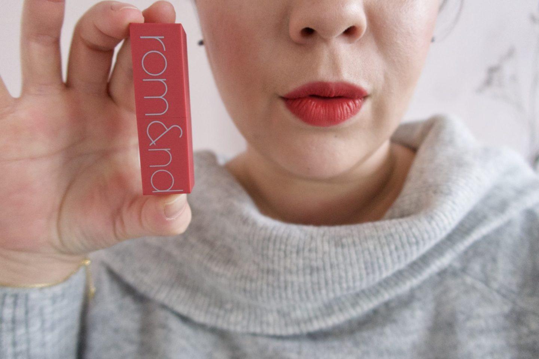 Mes premiers rouges à lèvres coréens. #zerogram #romand #romandlipstick #zerogrammattelipstick #kbeauty #koreanbeauty #koreanlipsticks
